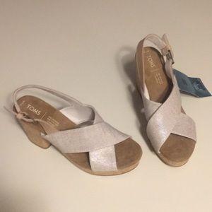 NWT - Toms cork heels (sz 7.5)